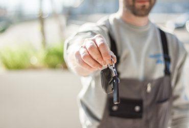 car driving keys