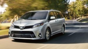 7-seater cars - toyota sienna